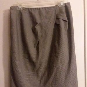 Ellen Tracy Skirt**3/$10**